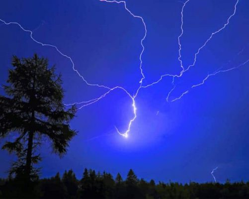 night-sky-lightning-paint-by-numbers